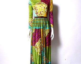 vintage 70s BOHEMIAN Maxi Dress //boho gypsy // graphic festival Colorful Bird Print // Small  // 107