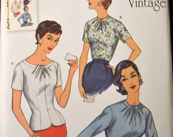 Sewing Pattern Simplicity 1278  Misses' Pullover Top Bust 29-36 inches UNCUT Complete