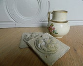 Small rosette old plaster. Shabby chic decoration - Antique French Staff
