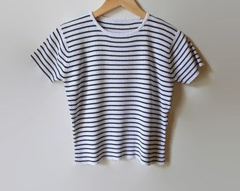 90s T Shirt, White Black Stripes, Vintage T Shirt, Womens Clothing, Summer Shirt, Size US 6 Women, 90s Clothing, Stripes T Shirt