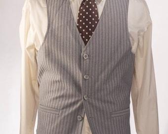 Men's Suit Vest / Vintage Grey Pinstripe Waistcoat / Size 38 / Small - Medium