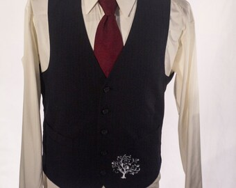 Men's Suit Vest / Upcycled Vintage Grey Pinstripe Waistcoat / Size 39 / Medium