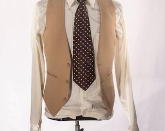 Men's Suit Vest / Vintage Khaki Waistcoat / Size 36 Small - Medium