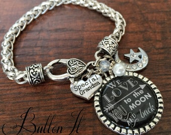 Grandma jewelry, Mother's day gift, Grandma bracelet, Mom Bracelet, Nana jewelry, Grandma birthday gift, LOVE you to the moon and back