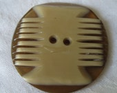 VINTAGE Carved Layer Celluloid Plastic BUTTON