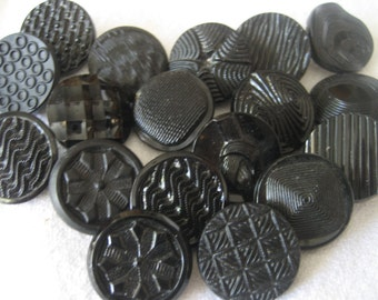Lot of 18 VINTAGE Medium Black Glass BUTTONS B18