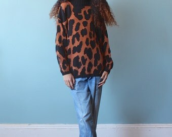 SALE 50% OFF chunky leopard knit sweater / oversized animal print jumper / 1990s / xs - small
