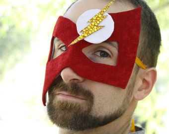 The Flash - Comic Superhero Inspired Men's Masquerade Ball Mask in Red and Gold