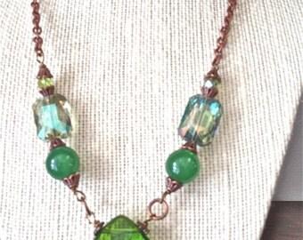 Peridot Glass Quartz Faceted Teardrop Pendant Bead necklace