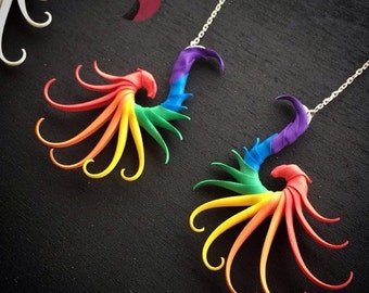 Rainbow Small Swoop Earrings