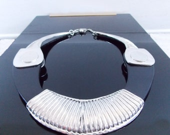 large European 1980s choker necklace/ post modern collar necklace / Tribal Avant Garde necklace