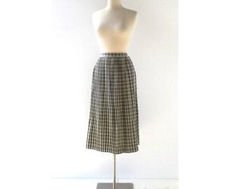 Plaid Pleated Skirt / 1940s Skirt / Wool Skirt / 27W Small