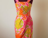 1960s Hawaiian cotton sarong dress MED Paradise Hawaii