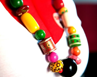 African jewelry, African necklace, Wood bead necklace, Wood bead jewelry, Handpainted necklace, Hand painted jewelry, Beaded necklace, Gifts