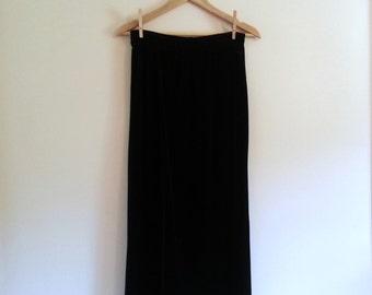Vintage Black Velvet Grunge Maxi Skirt with Slit - Size M