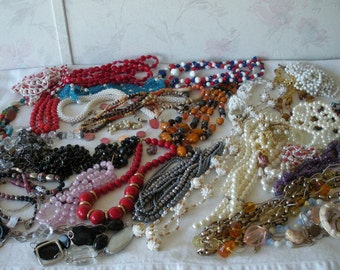LARGE Lot Mostly Vintage Beaded Necklaces Jewelry LOT Wear Repair Craft Repurpose Glass-Plastic/Lucite-Faux Pearls-Lampwork 5 POUNDS