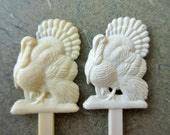 Vintage Turkey Swizzle Sticks, Turkey Drink Stirrers, Thanksgiving Table, Holiday Decor, Green Ridge Turkey Farm, Kitschy Plastic Turkeys