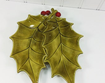 Vintage Ceramic Holly Dish, 1960s Hand Painted Atlantic Mold Holly Leaf  and Berries Divided Serving Plate, Candy Dish