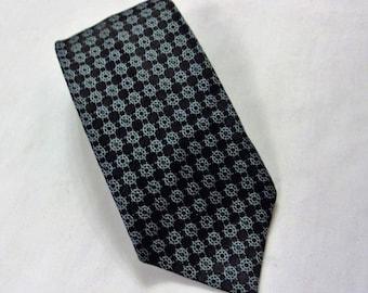 Vintage Necktie, Vintage Mans Necktie, Necktie, Skinny Necktie, Blue Tie, Shades of Blue