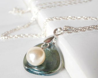Pearl Bridesmaid Necklaces, Simple Wedding Jewelry, Seafoam Glass Flower Petal with Cream Swarovski Pearl on Sterling Silver Chain, Keepsake