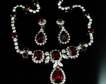 RED Kramer Necklace Earrings Vintage demi parure Teardrop rhinestone Signed set GORGEOUS clip on dangle drops