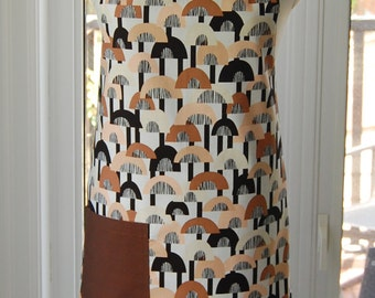 Copenhagen Reversible Apron - fabulous large cotton print apron with side pocket and extra long ties