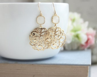 Gold Paisley Smokey White Chandelier Matte Gold Filigree Earring Bridesmaid Milky Ivory Filigree Gold, Maid of Honor White Wedding Off White