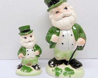 vintage St. Patrick's Day figurines, 2 ceramic figurines, Ireland, Irish, Paddy, shamrock, green, home decor