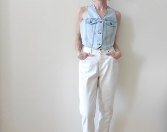 Light-Wash Cropped Denim Vest