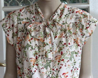 FABULOUS 1940's Rayon Blouse with tie collar neckline