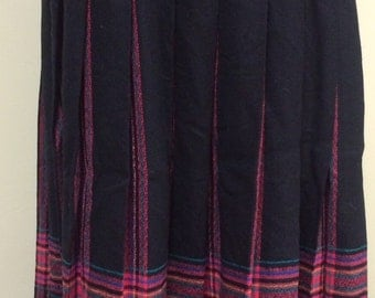 1980s Vintage Pendleton Plaid Pleated Skirt - Black and Pink Plaid Wool Skirt - Fall Winter - Preppy Back to School - Hipster - 31 Waist