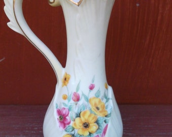 Vintage Lefton China Hand Painted Bud Vase 475