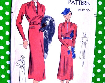 """1930's VOGUE Pattern 7496  -  Ladies'  One-Piece Frock """"Easy to Make""""   - Size 18 * Bust 36 * FACTORY FOLDED"""