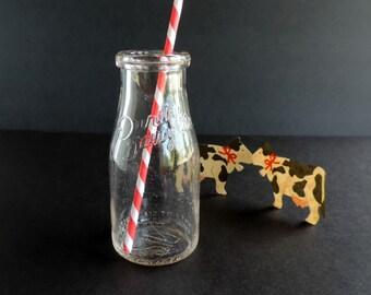 Vintage Milk Bottle, Purity Dairy Company 1930s, Chicago Illinois, Half Pint Glass, Rustic Farmhouse Cottage Decor