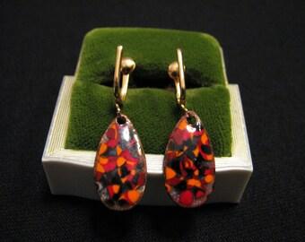 Vintage Gold Tone and Red Orange Black Enameled Copper Teardrop Dangle Screwback Earrings