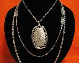 BIG Vintage Silver Tone Triple Strand Etched Floral Diamond Cut Pendant Medallion Chain Necklace