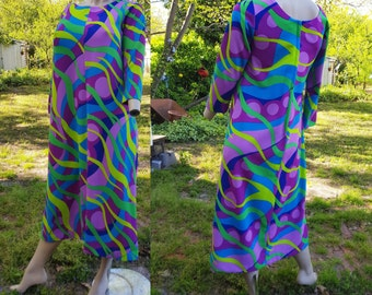 60s Dress, Hippie Dress, Maxi Dress, 60s Costume, Vintage Dress, A-line Dress, Mod Dress, Vintage Costume with Great Retro Fabric Size 8