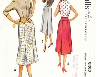 McCALL'S 9392 Waist 24 Gored Pleated Skirt and Contour Belt Vintage 1950's Pattern