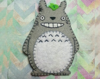 Handsewn Totoro pin, my neighbor totoro accessory,Studio Ghibli ornament, Disney pin
