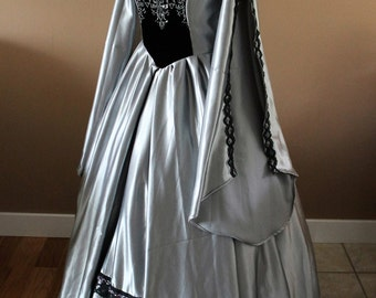 """Bust 43"""" Silver and Black Tudor Dress Ever After Renaissance Medieval Gown Game of Thrones Theme Wedding"""
