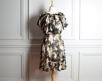 SALE Dress Sheer Floral / Black Taupe Tree Blossoms / Blousan Cocktail / Boho / 70s Vintage / Small S