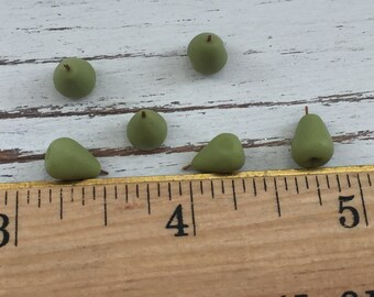 Miniature Pears, Dollhouse Miniature Food, 1:12 Scale, Dollhouse Accessories, Set of 6, Pretend Food, Dollhouse Kitchen, Mini Pears