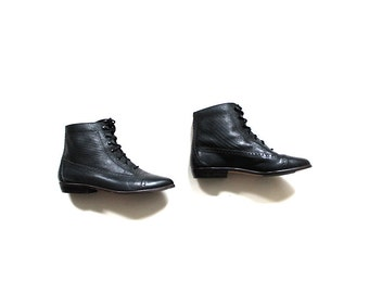 Vintage Ankle Boots 5.5 / Black Leather Boots / Spectator Ankle Boots