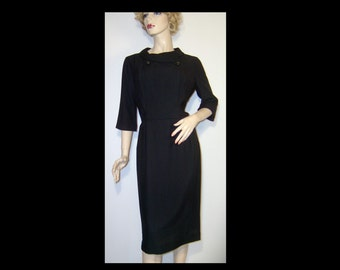 Sexy 1950s 50s black crepe dress ~ Medium / Large ~ Waist 29 ~ half sleeves ~ rollover collar sparkly jet bodice buttons secretary party lbd