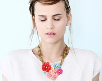 Pastel Statement bib Necklace, Heart and floral Vintage jewelry