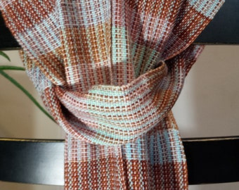 Handwoven striping scarf