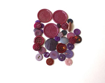 Vintage Buttons Lot of 33 Purple Mixed Plastic Button Lot of 33