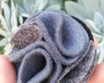multi color felt magnetic brooch - Grey, melange Grey, Black