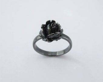 Oxidized Sterling Silver Rose Ring (size 7 1/2)