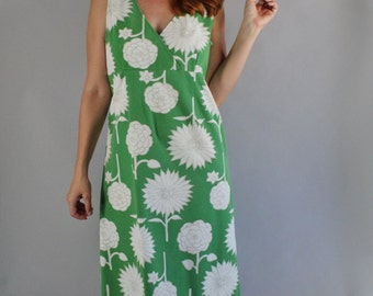 Vintage 90s Women's Green White Bold Floral Print Sleeveless Shift Summer Cotton Wedding Guest Beach Cruise Dress
